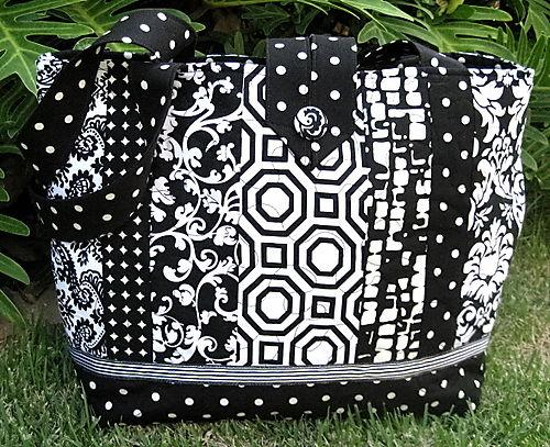 1black and white bag blog