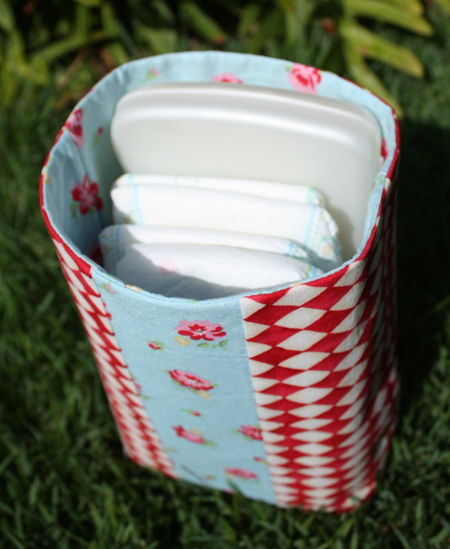 Open pouch upright