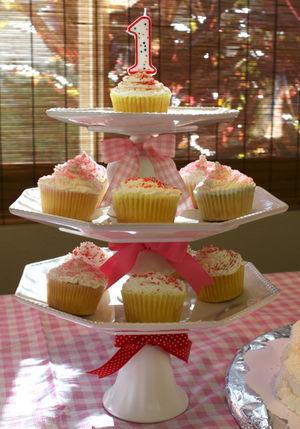 Cake tier Hazel