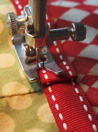 Ribbon end stitch