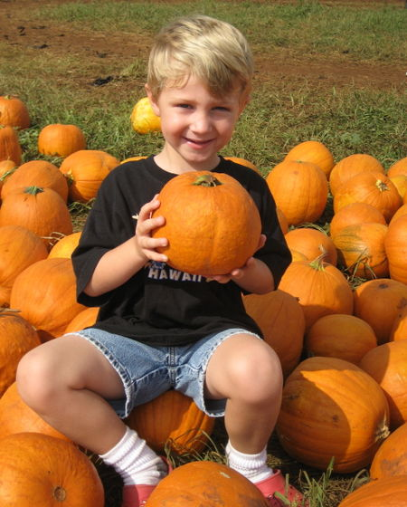 Hyrum with pumpkin