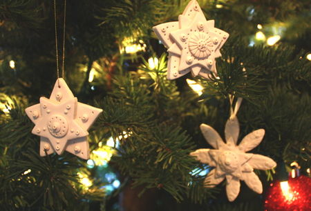 3 white stars