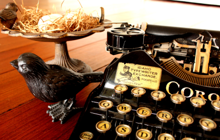 Typewriter and birds