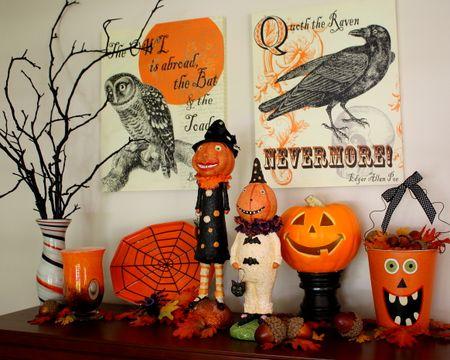 Halloween dining display