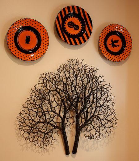 Halloween kitchen plates2