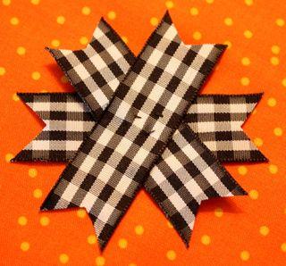 Ornament tut notched ribbon2