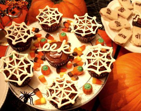 Eek cupcakes