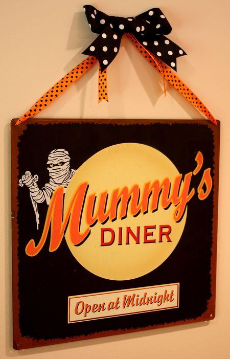 Halloween Mummy's diner