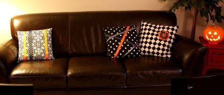 Halloween pillows1