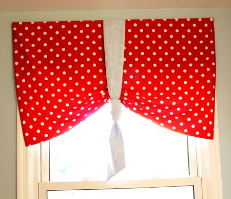 Valance in bathroom