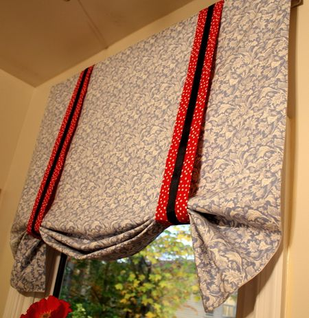 Valance bunched up2
