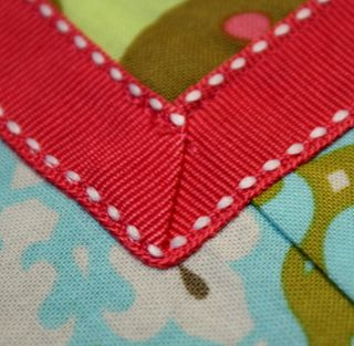 Half apron ribbon detail