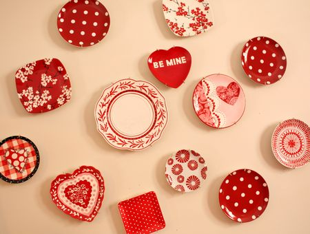 Valentine plate wall