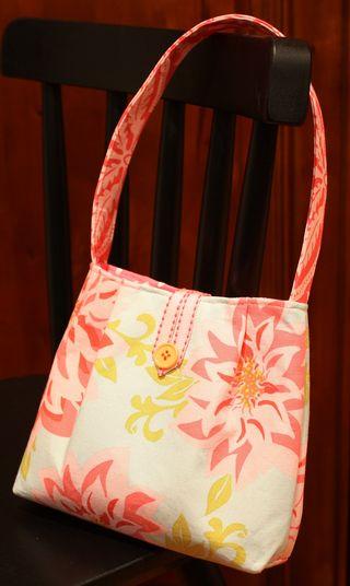 Ellie's purse
