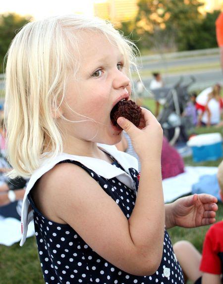 Hazel with cupcake