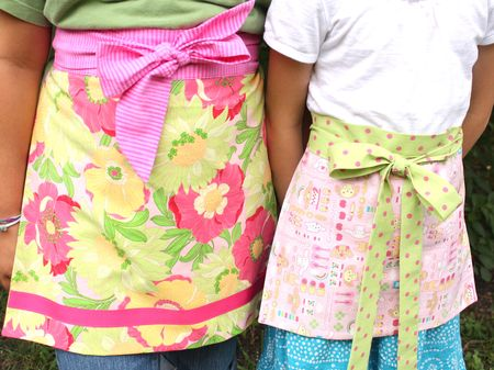 Aprons for girls