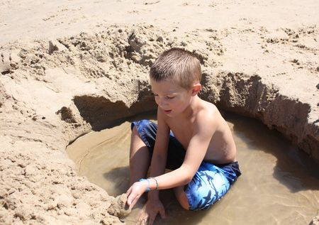 Hyrum in sand
