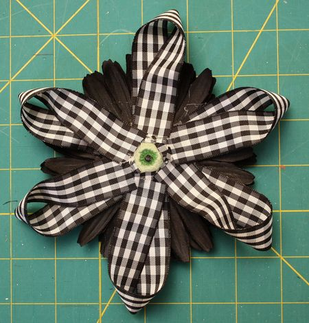 Back ribbon2