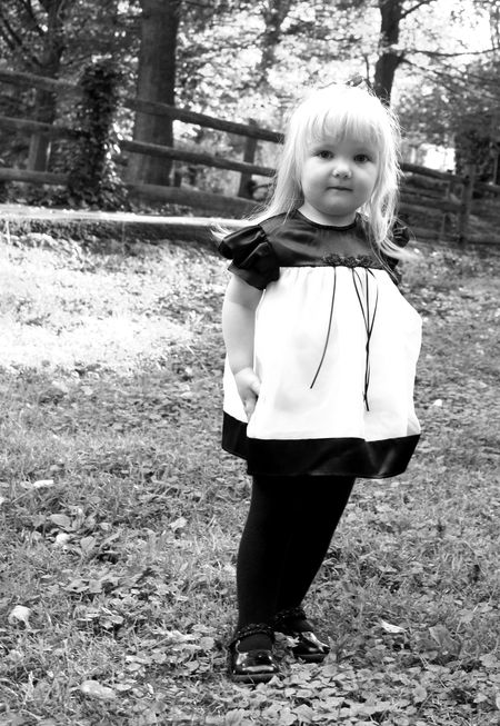Kayleigh1 black and white
