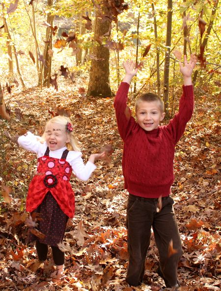 Kids in leaves3