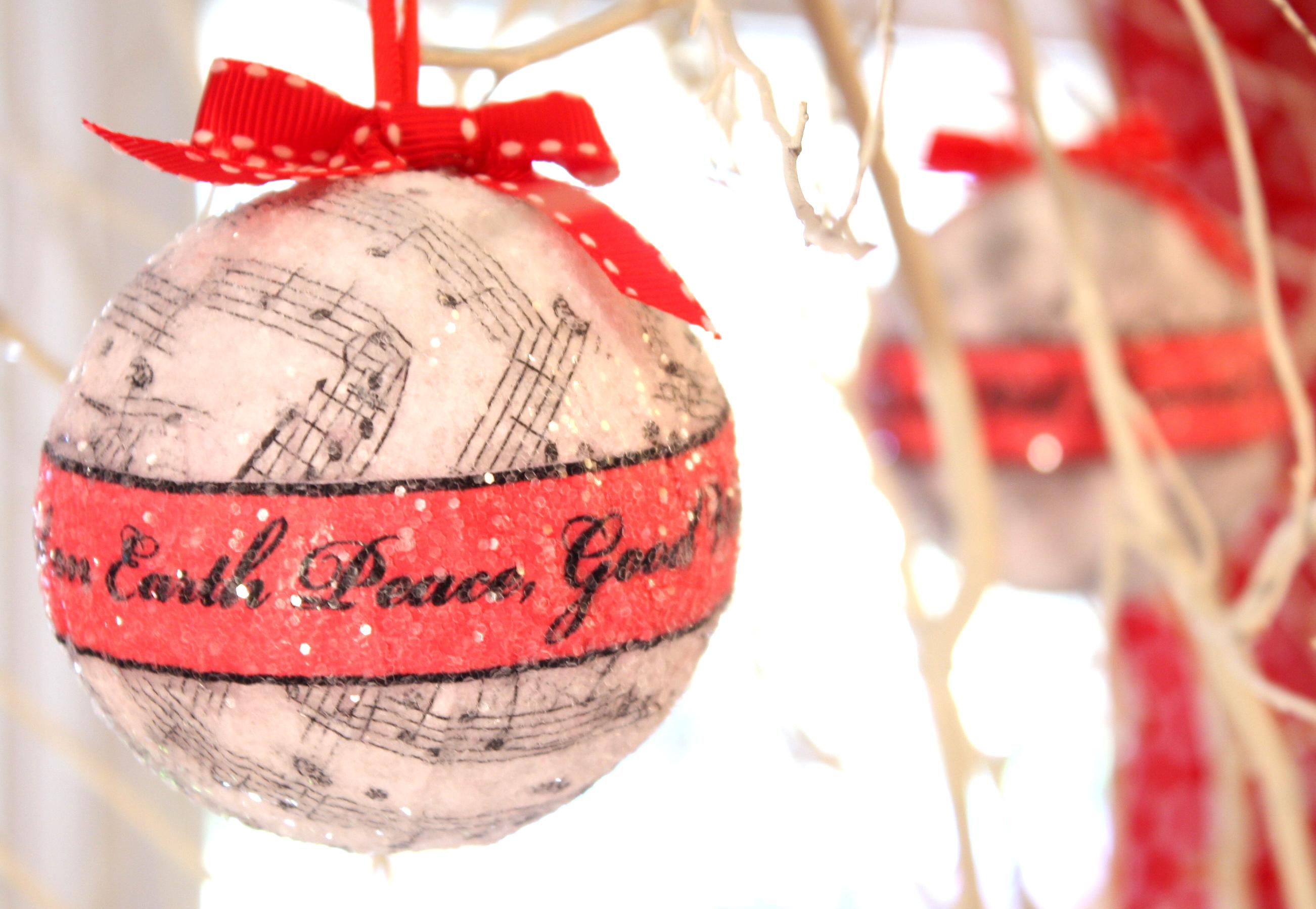 Christmas music ornaments - Tutorial For Christmas Ornament Spheres
