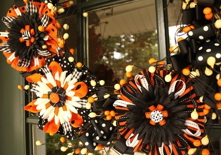 Flower bow wreath detail3