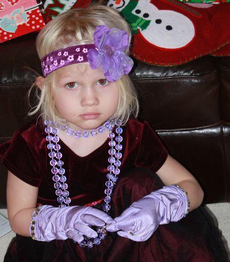 Hazel with gloves2