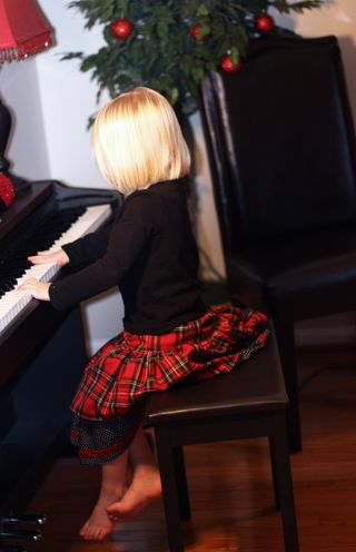 Hazel-on-piano