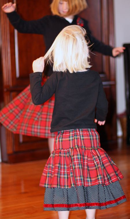 Girls-dancing4