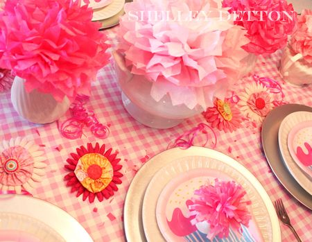 Table-flowers3-with-name