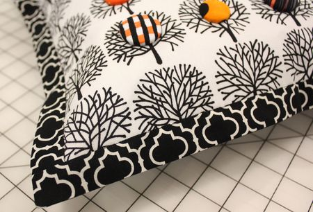 Square pillow with sham edge