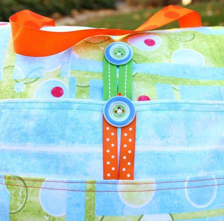 Pillow pack buttons2
