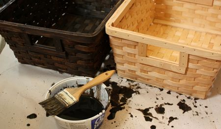 Staining baskets