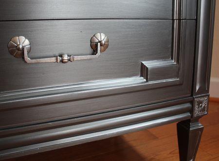 Dresser1 detail