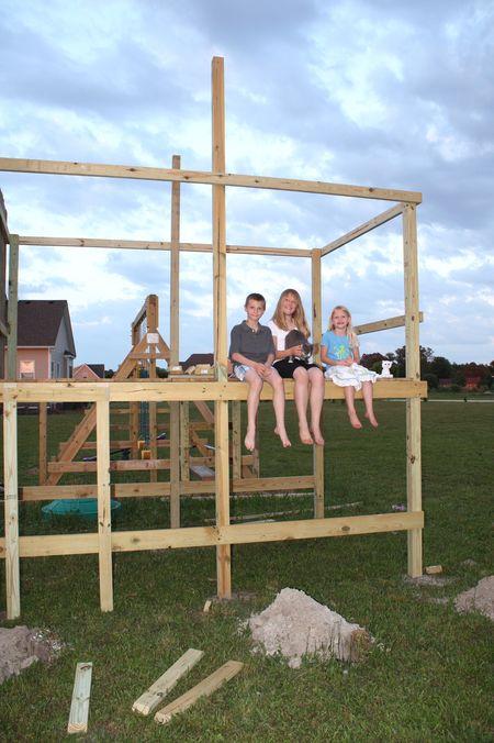 Kids on playhouse