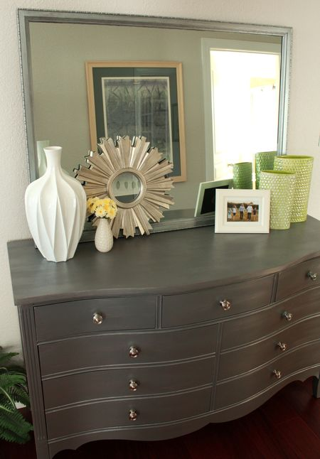 Mb long dresser
