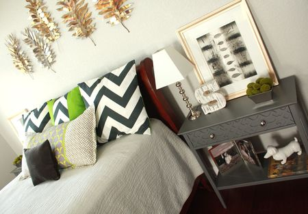 Mb bed and nightstand