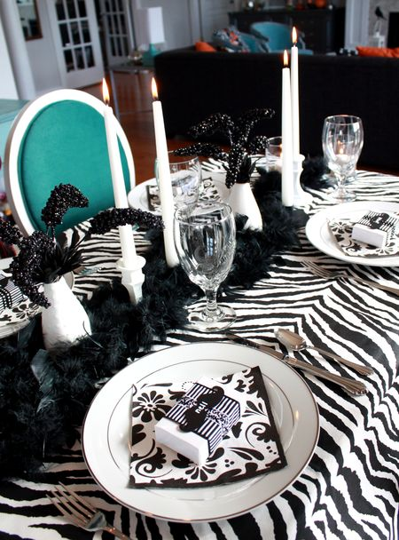 Zebra table detail