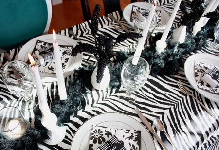 Zebra table detail2
