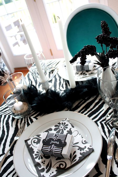 Zebra table detail4