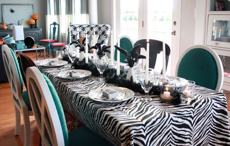 Zebra table