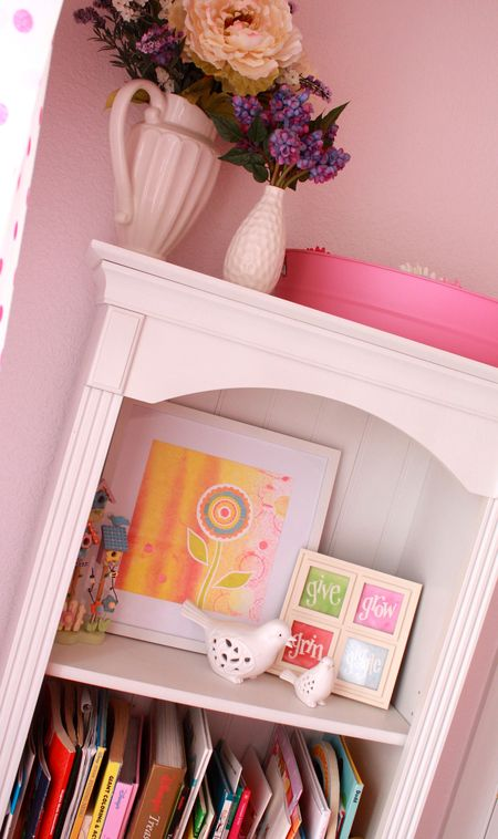 Hazel's bookshelf