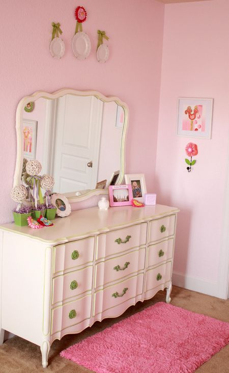 Hazel's dresser detail