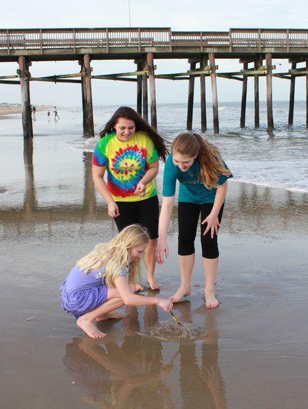 Girls with jellyfish