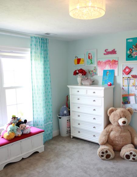 Hazel's room2
