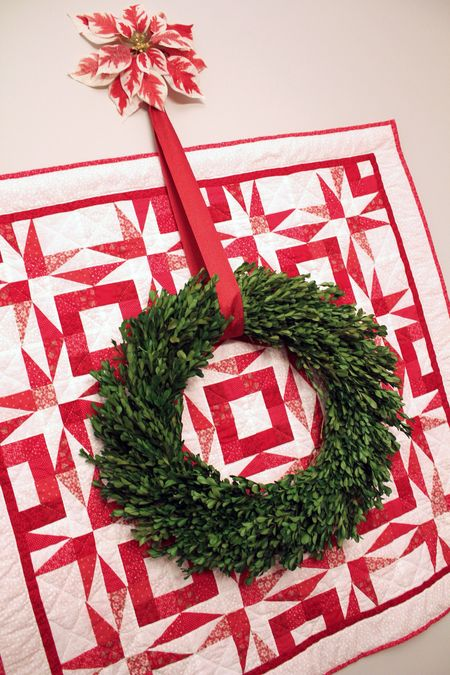 Dining-boxwood-wreath2