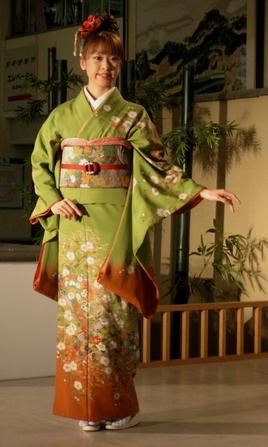Kimono_fashion_show_blog