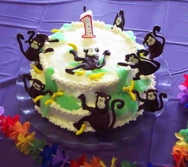 Elizas_1st_bd_cake_blog
