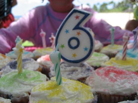 Elizas_cupcakes_blog
