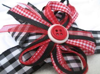 Black_red_white_bow_blog
